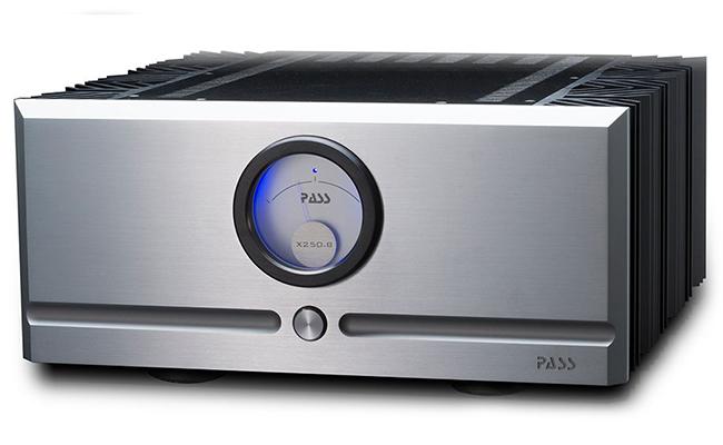 Pass Labs  X250.8 Stereo Eindversterker